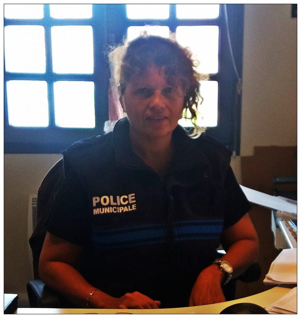 La Brigadière de la Police Municipale Daniella CHABAUD.