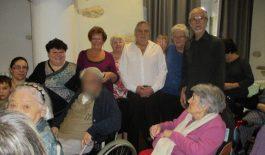 Musique et chants pour les résidents de la maison de retraite