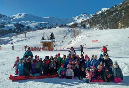 Sortie à la neige pour les classes de maternelle