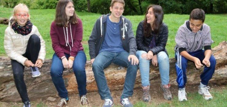 Jeunes lycéens étrangers allemands, mexicains, slovaques, cherchent familles d'accueil