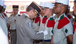 Remise des képis blancs au 4e Régiment étranger